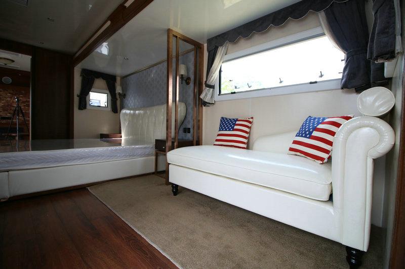 13米商务营地房车一室一厅vip定制版 大图12