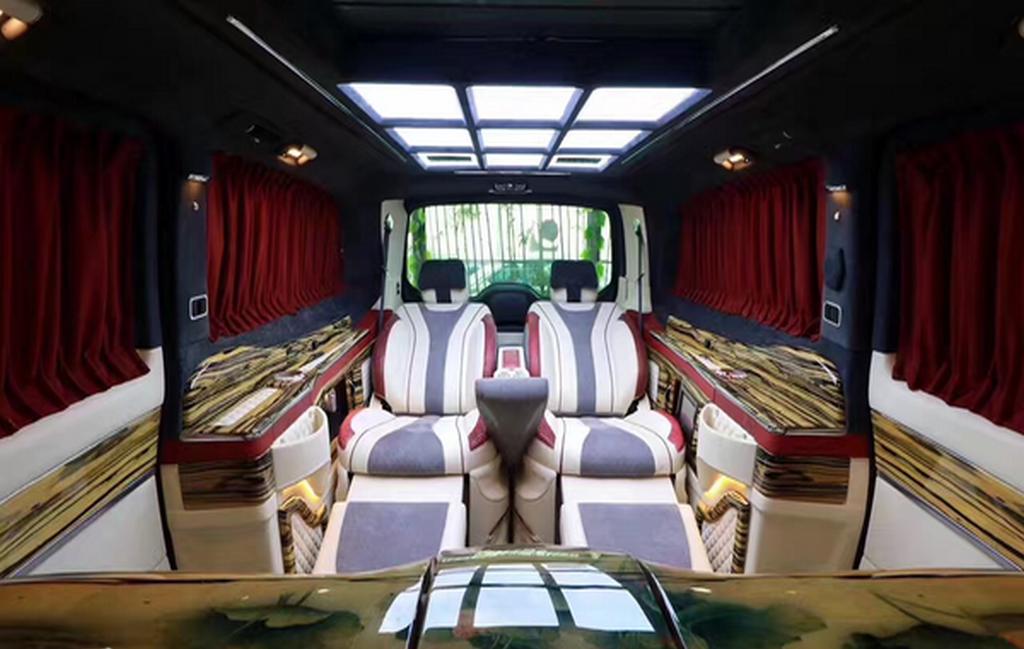 奔驰v级商务车vclass 美杜莎限量版