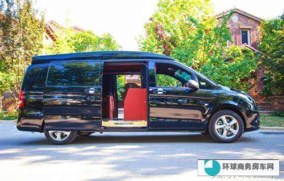 奔驰V级商务车 私人高端定制尊贵的乘坐体验