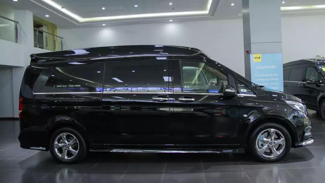2020款奔驰豪华商务车 V260L加长版 私人订制