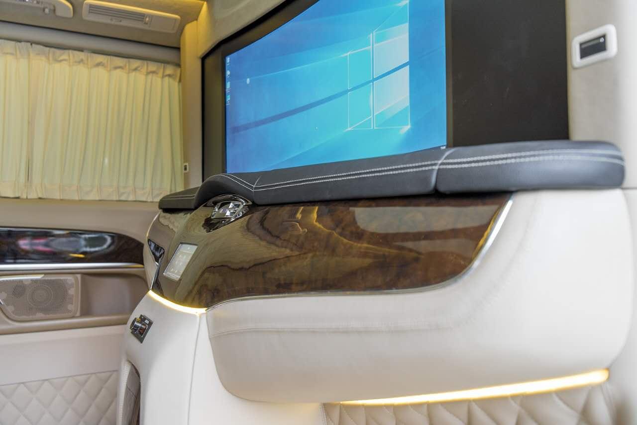 奔驰vclass商务车雅典版配置及价格 大图7